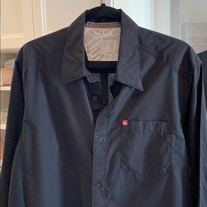 Quiksilver black shirt